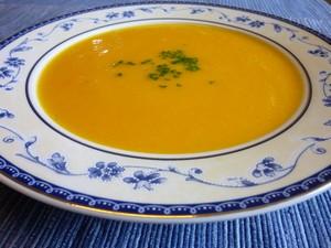 soupe minceur aux carottes plat du jour recettes de cuisine entr es plats desserts. Black Bedroom Furniture Sets. Home Design Ideas